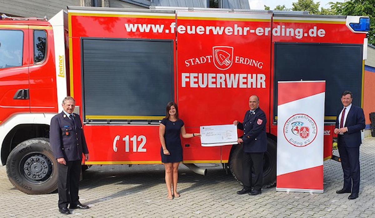 500 Euro für die Nachwuchs-Werbung der Feuerwehr